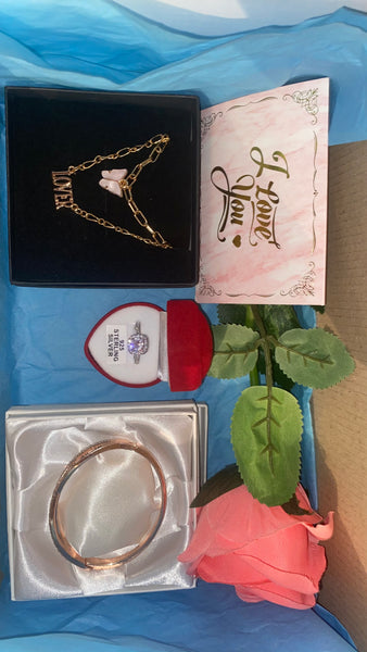 3pc necklace, ring and bracelet gift box set - Butterfly Centric