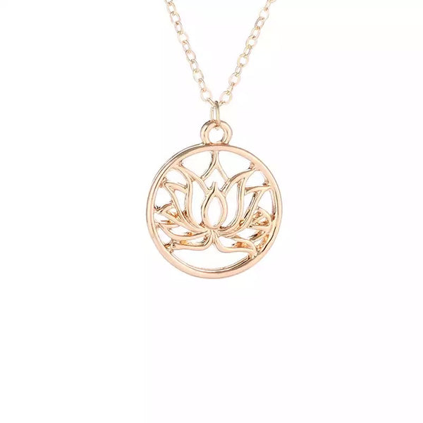 beautiful tree symbol necklace/ pendant which would Make a perfect Christmas gift.