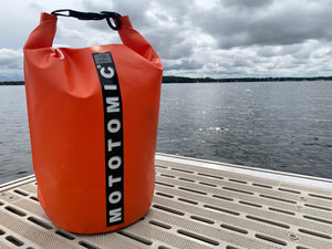 Your bike deserves a day at the beach.  This bag is ideal for beaches, lakes, oceans and rain.