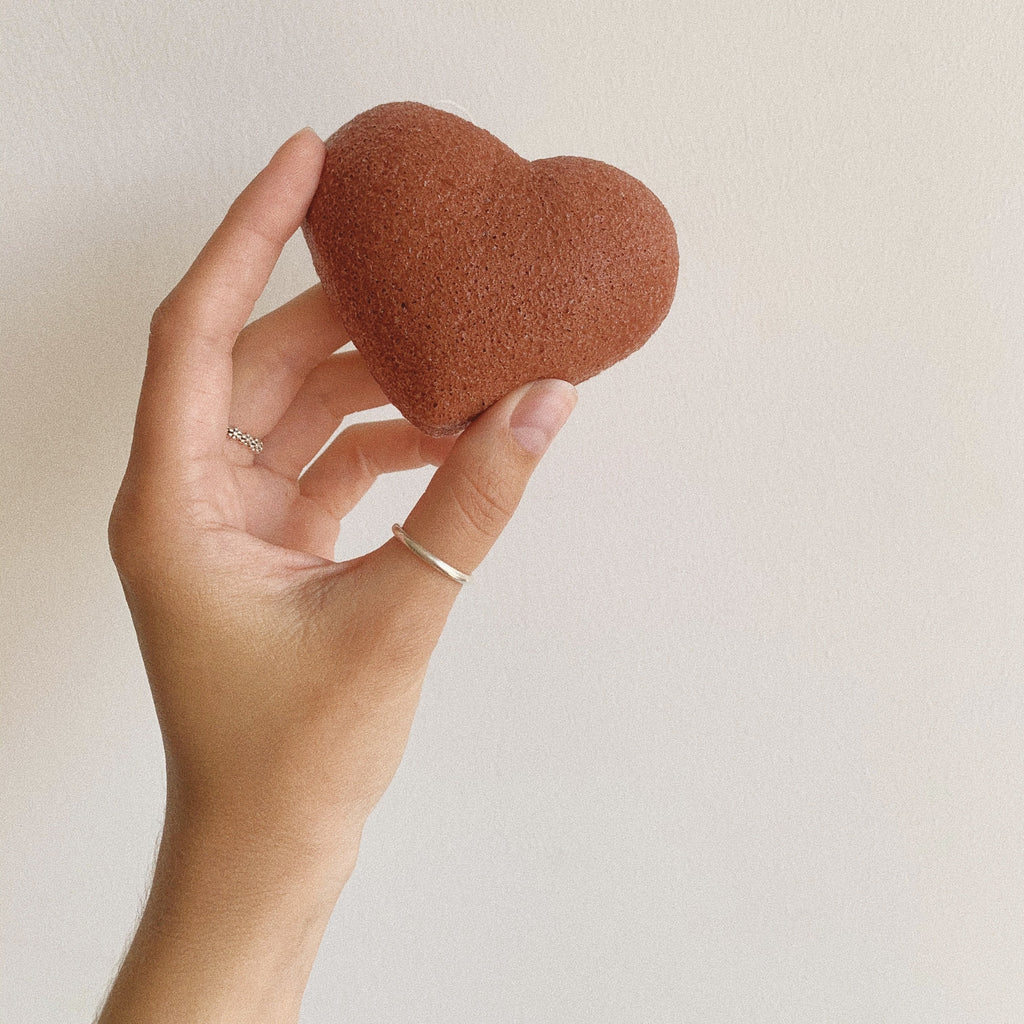 Red Clay heart konjac sponge