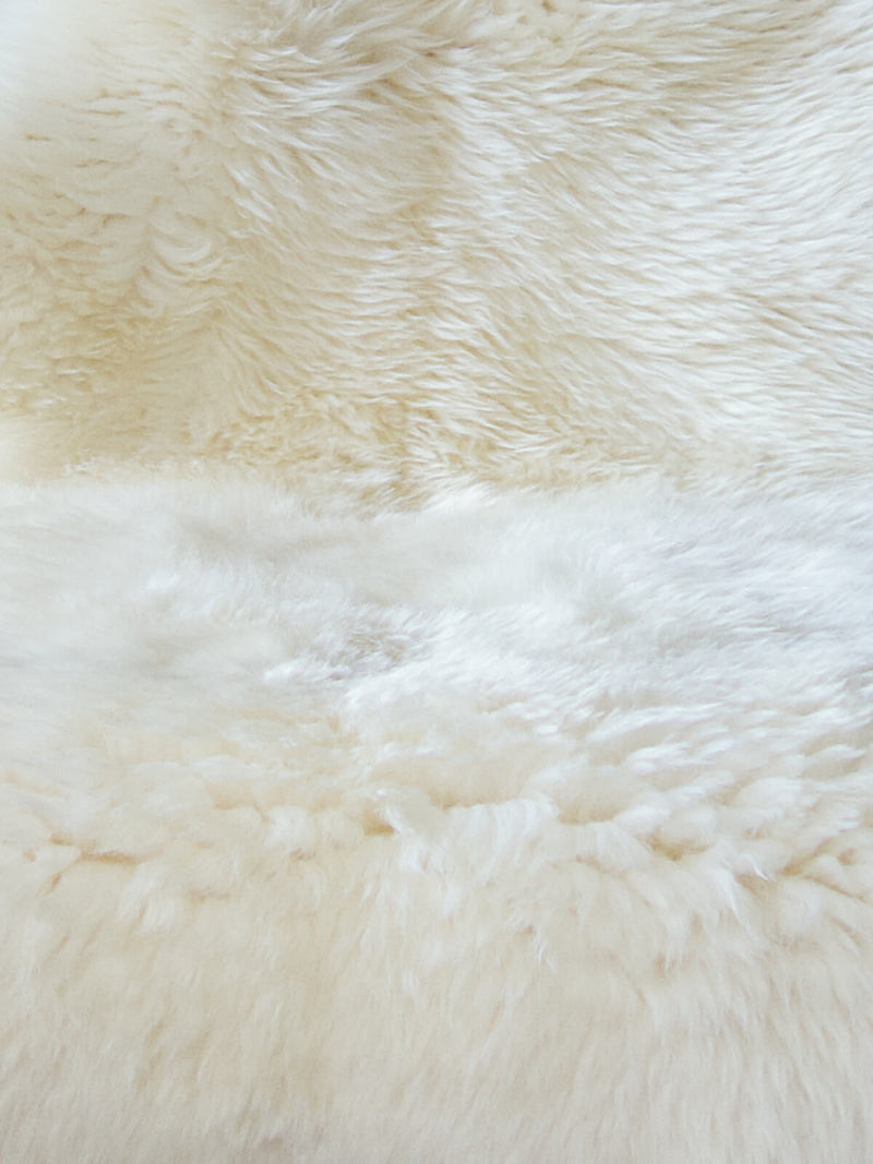 Natural White Lambskins Nº01818A