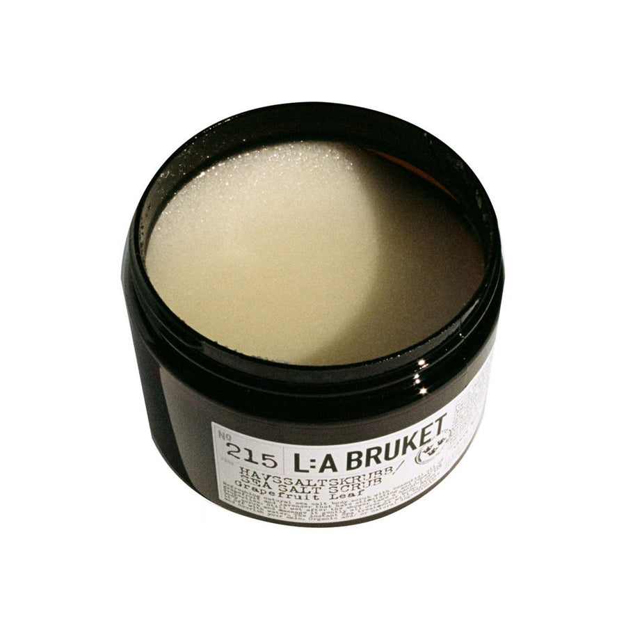 L:A Bruket - 215 Sea Salt Scrub grapefruit Leaf - escentials.com