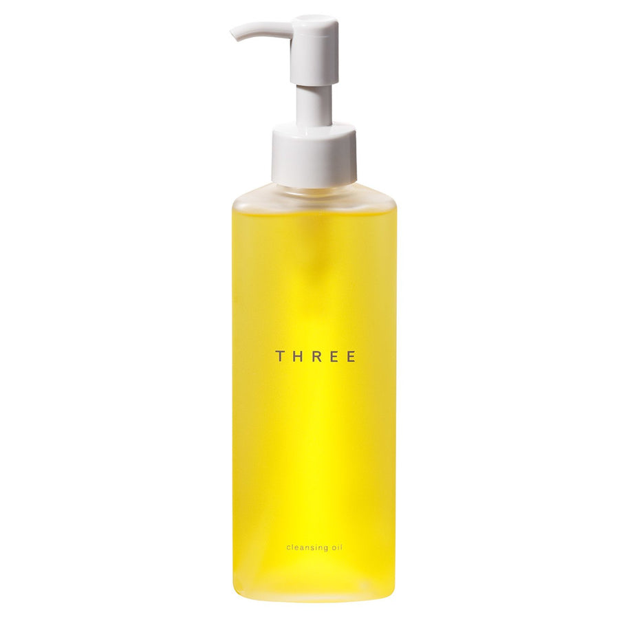 THREE - Cleansing Oil - escentials.com