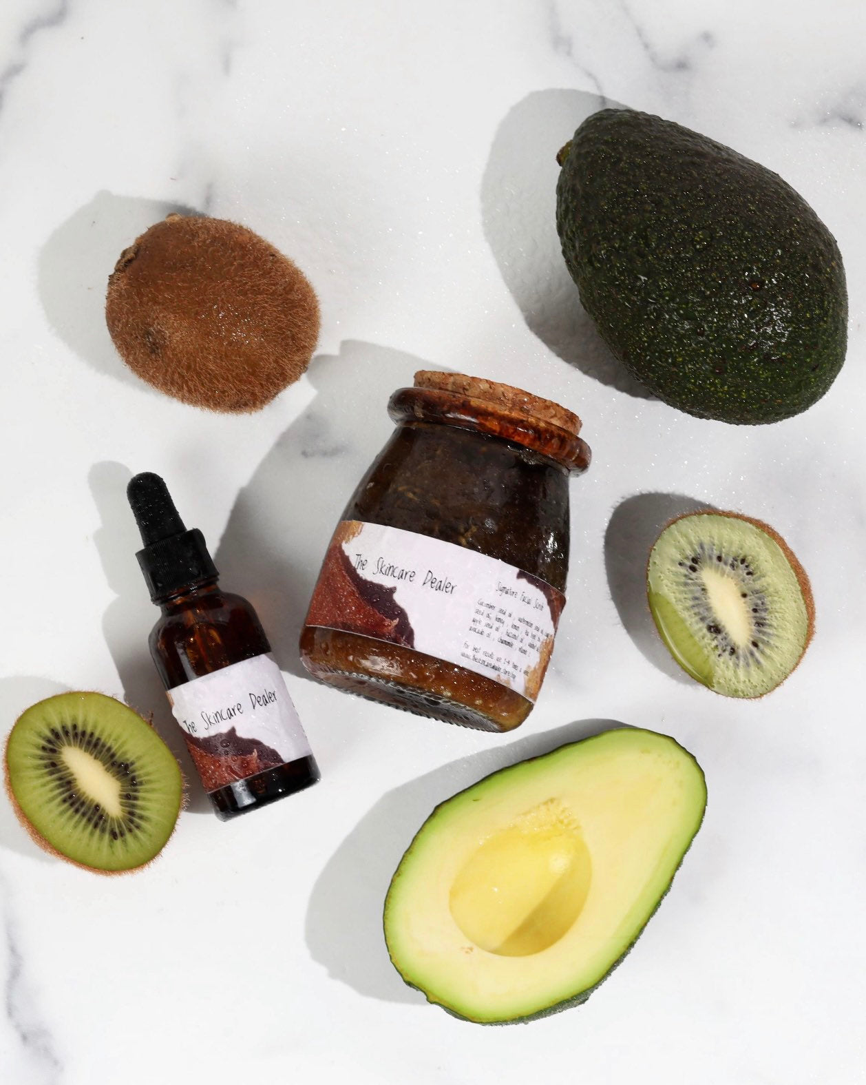 Signature Facial Scrub - Mineral Rich All In One Skin Solution! Microfine Gentle  Exfoliating Vegan Ginger Kiwi Avocado Cleanser - Hydrates - Moisturizes - Detoxes Pores - Clears Acne Scars -  Dark Spots - Keeps Skin Smooth