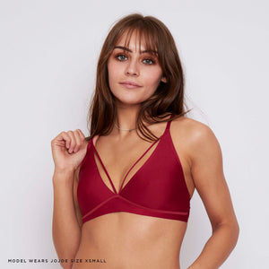 Caged cup and racer back design, this wine red bralette has a contemporary design and fit, both supportive, comfy and stylish.