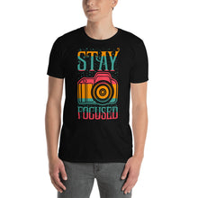 Afbeelding in Gallery-weergave laden, Stay Focused - T-shirt met korte mouwen, heren