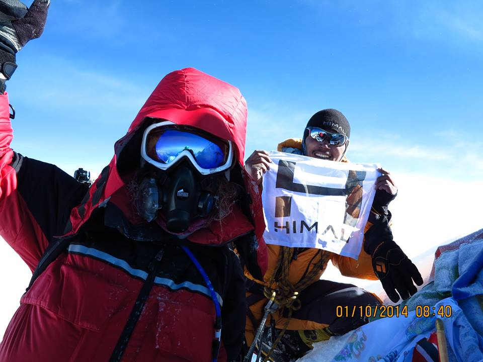 HIMALI™ Owner Athlete Tendi Sherpa summits Manaslu (elevation: 26,759')