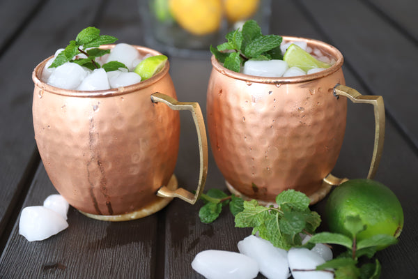 Moscow Mule Copper Mugs  Large Size 18.5oz Set of 2 Hammered Cups 100% Authentic Pure Solid Copper Mug  Gold Brass Handles HomeDecoRatio