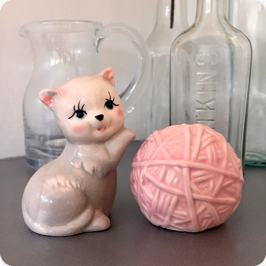 HEY KITTEN! Salt & Pepper Shaker Set