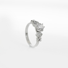 Load image into Gallery viewer, IrIs • 14K Gold Diamond Ring