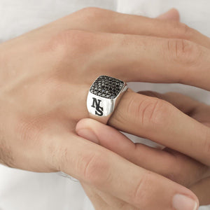 Niro Custom Name Men's Vogue Ring