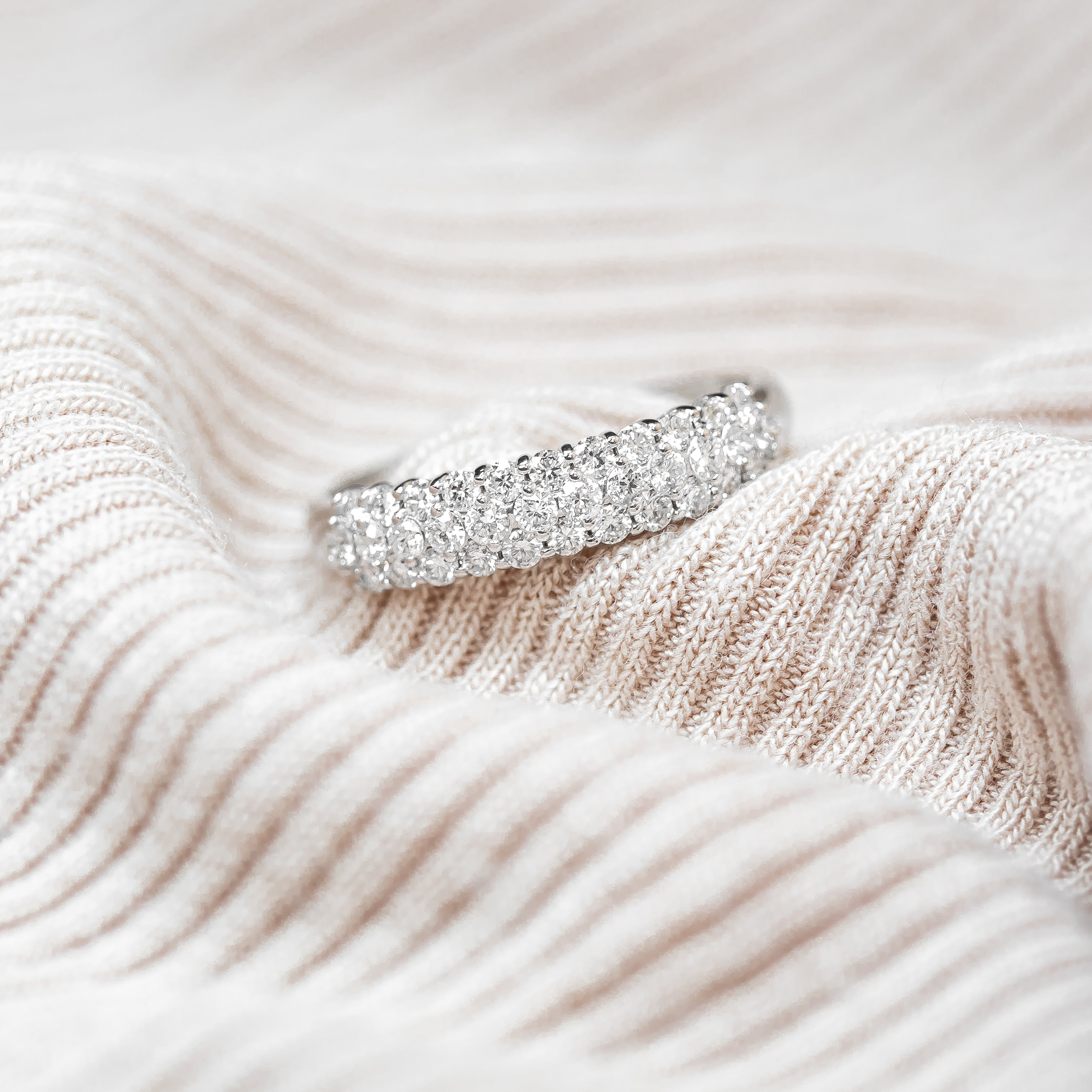 Mor Luxe Slender Pave Anniversary Band