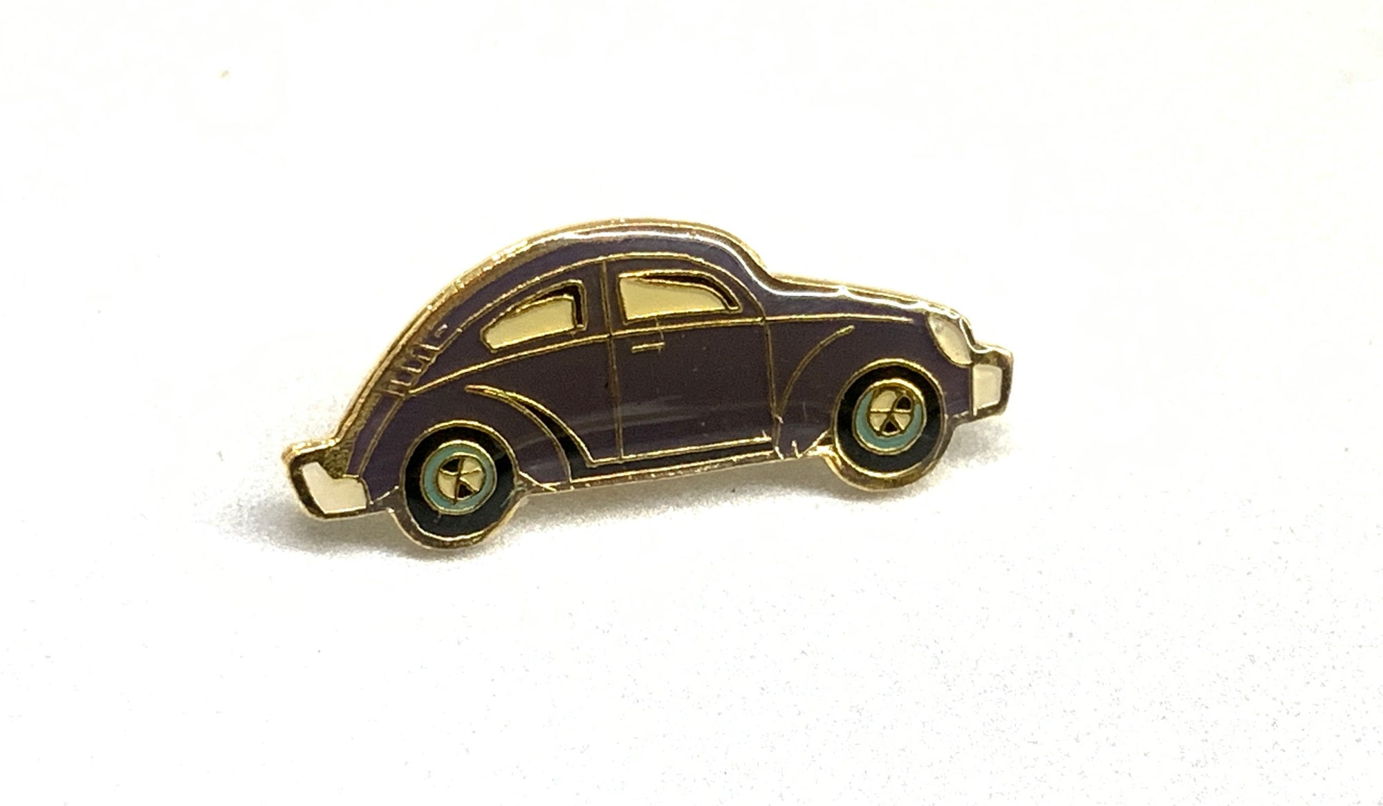 Green Beetle Lapel / Hat / Jacket Enamel Pin