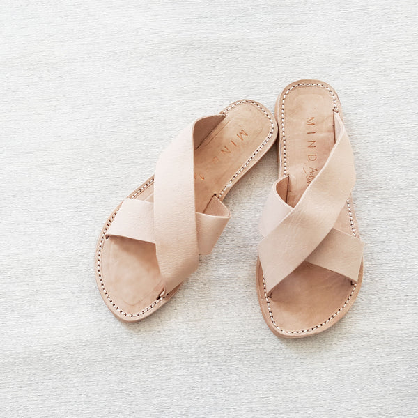 P E A C E: leather sandal