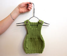 Load image into Gallery viewer, Newborn handknit singlet (multiple colours)