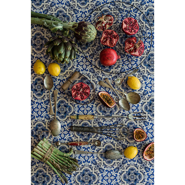 Tablecloth -Utensils on Delft