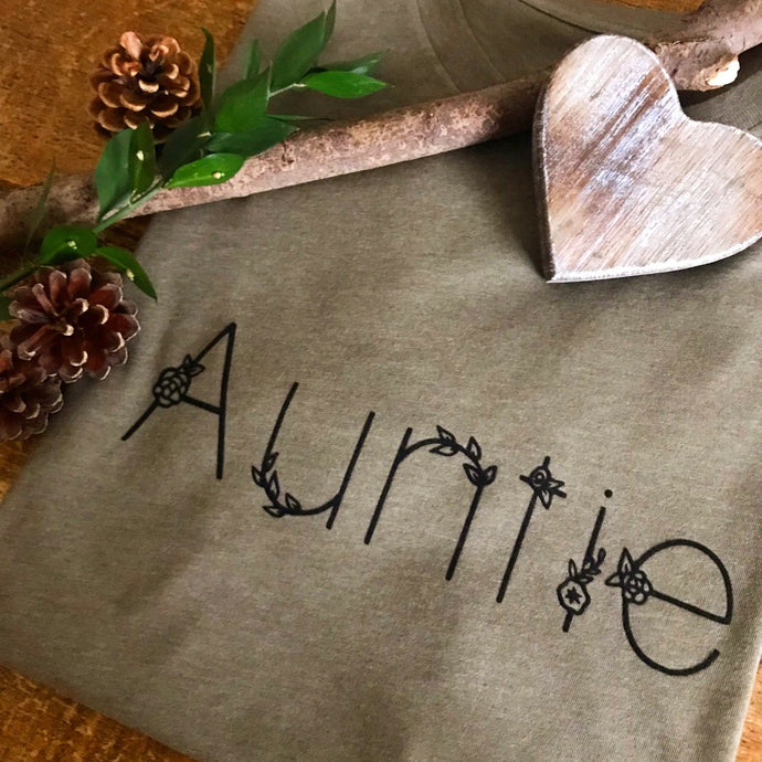 Auntie - Sweater
