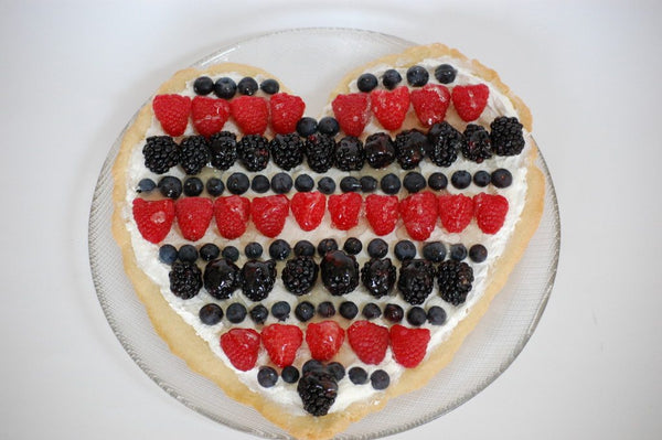 Valentine Fruit Pizza