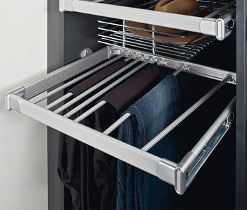 Trouser rack, for pull-out frame system