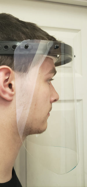 Impacto Face Shields protect the top, sides and front of your face while making sure that airflow is maximized so that you can comfortably wear them for as long as necessary. Our Face Shields are made from high-quality transparent PETG and do not impair your vision while wearing them