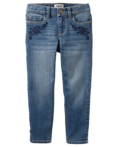 OshKosh Embroidered Girlfriend Fit Jeans - Gemma Was  Modelo 32631410