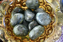 Load image into Gallery viewer, Labradorite Palm Stone - Grade A