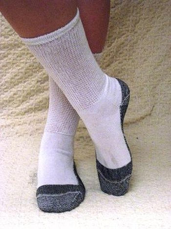 MDI J-200 Roomy Diabetic Socks - White Crew, Large
