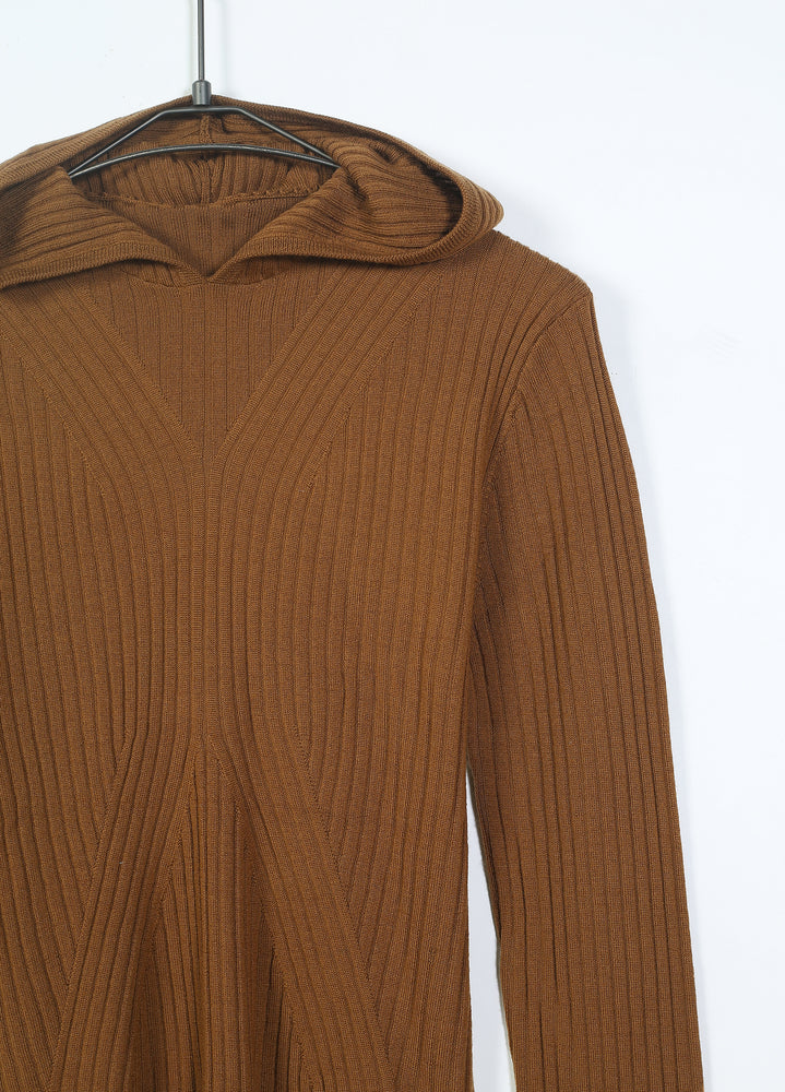Load image into Gallery viewer, Hooded Woolen Jumper