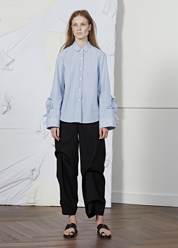 Load image into Gallery viewer, Long Sleeve Shirt With Ruffle Cuffs