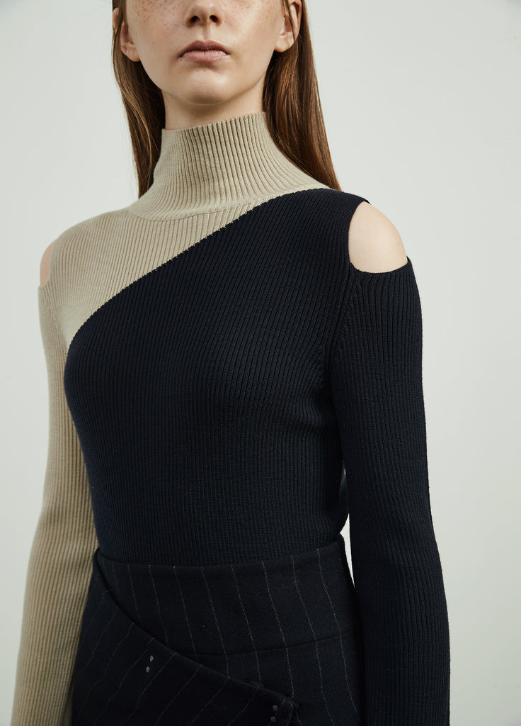 Woolen Cut Out Shoulder Two Tone Jumper Dress