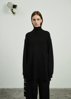 Load image into Gallery viewer, Turtleneck Medium-Length Sweater