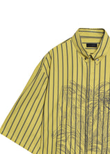 Load image into Gallery viewer, Striped pattern shirt
