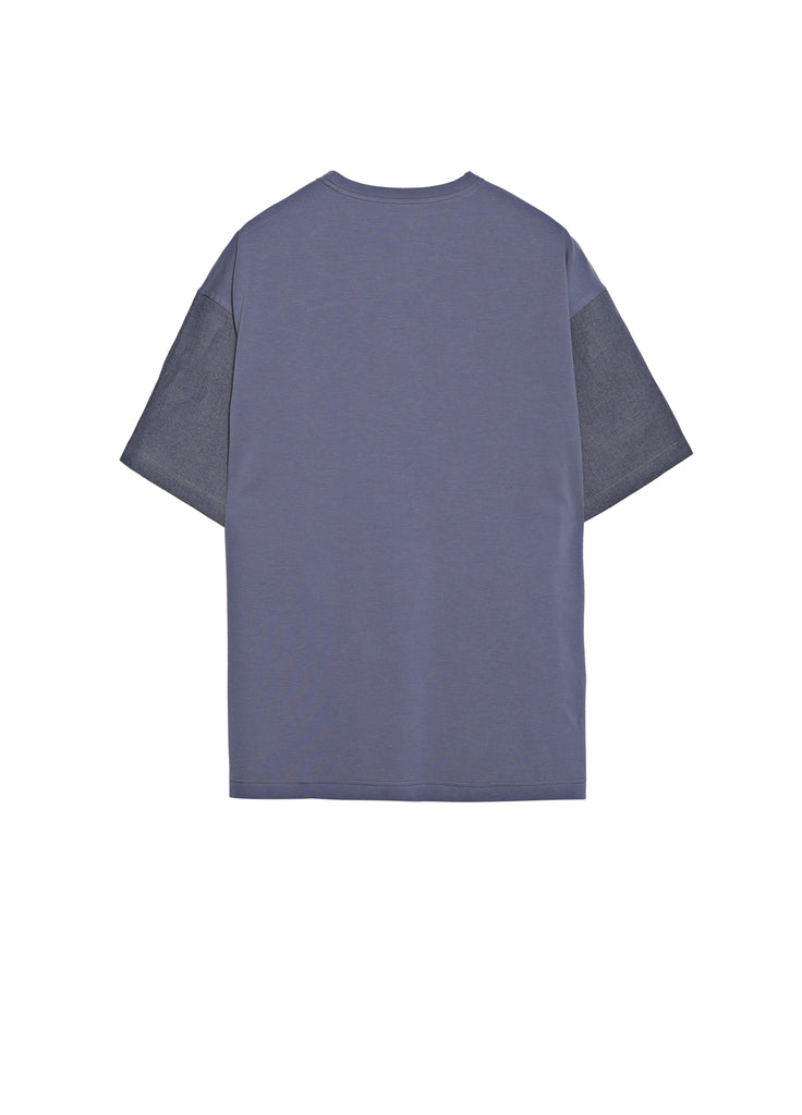 Round neck T-shirt with denim stitching pocket