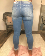Load image into Gallery viewer, Kan Can High Ripped Knees Ankle Skinny Jean