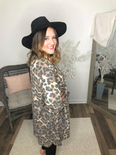 Load image into Gallery viewer, Amigas Cheetahs Cardigan