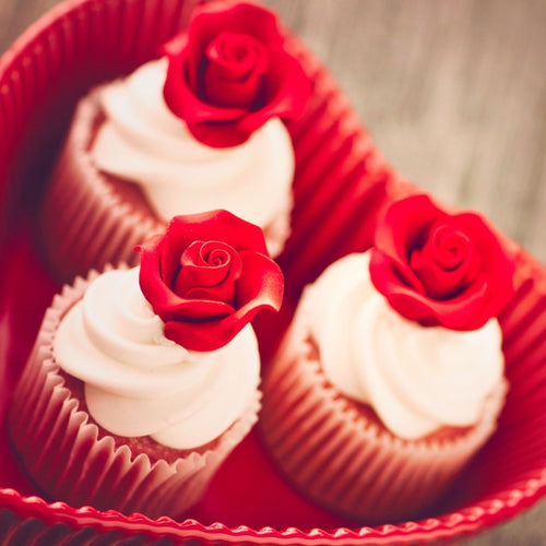 Cupcakes Red Rose Vanilla Cupcakes - mabrook.me