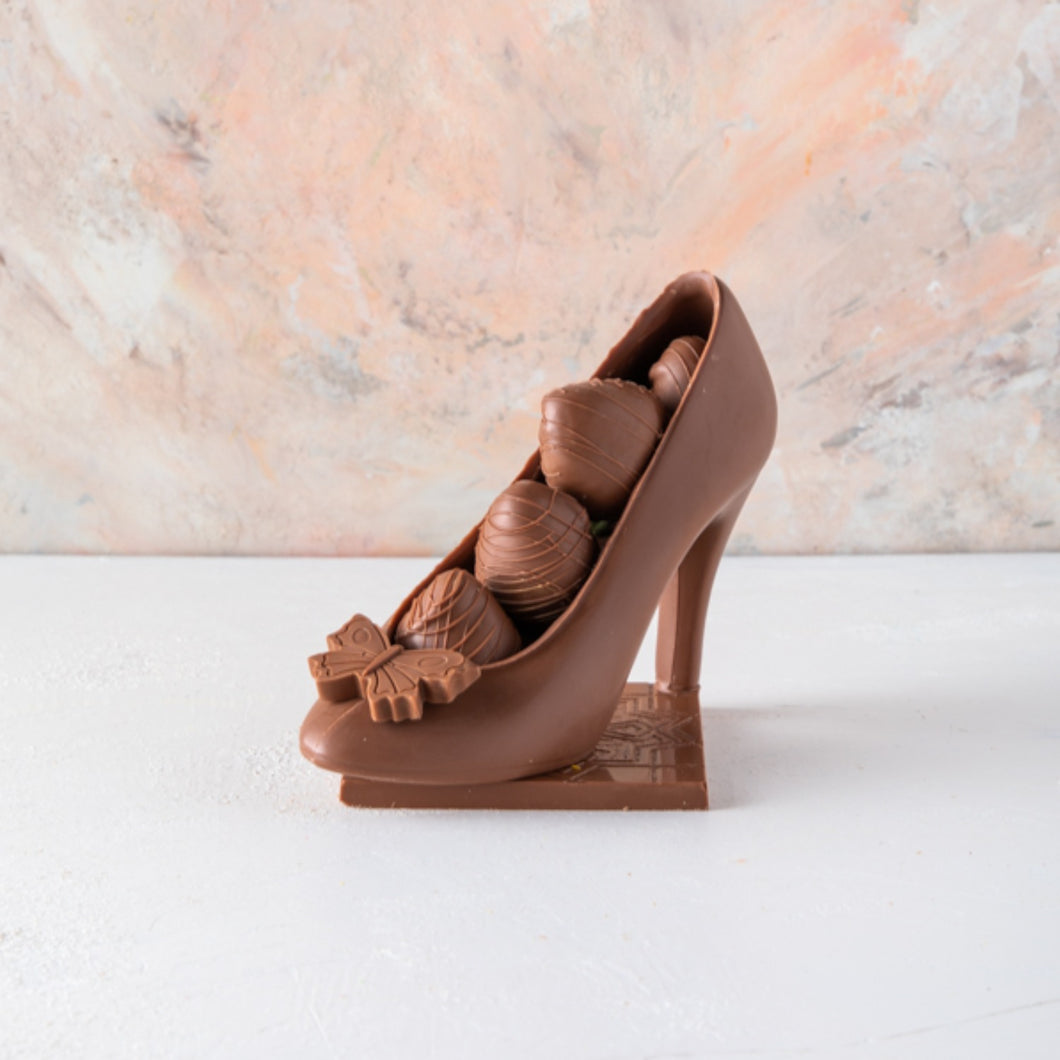 Chocolates Edible Chocolate Shoe with Berries - mabrook.me