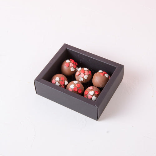 Chocolates Assorted Valentines Truffles - 6 pcs - mabrook.me