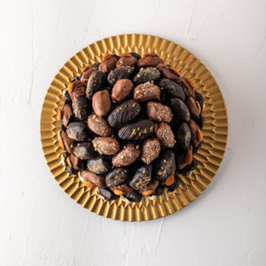 Hamper Chocolate Dates Arrangement - mabrook.me