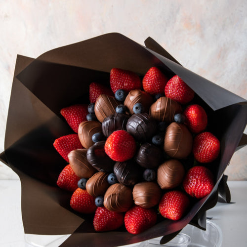 Chocolates Berry Bouquet - mabrook.me