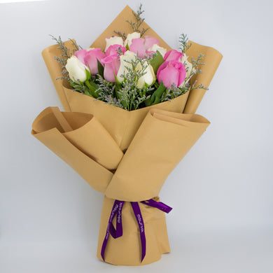 Bouquet of Pink & White Roses - mabrook.me