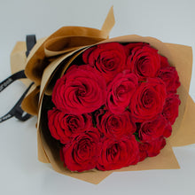 Load image into Gallery viewer, Bouquet of Red Roses - mabrook.me