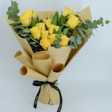 Flowers Bouquet of Yellow Roses - mabrook.me