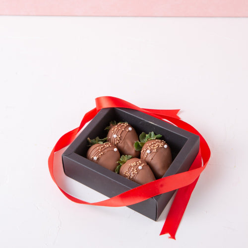 Chocolates Strawberry Glitter - 4 Pcs - mabrook.me