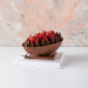 Chocolates Gourmet Easter Egg with Berries - mabrook.me
