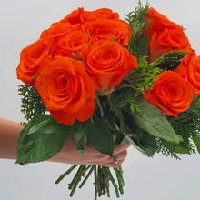 Load image into Gallery viewer, Bunch of Orange Roses - mabrook.me