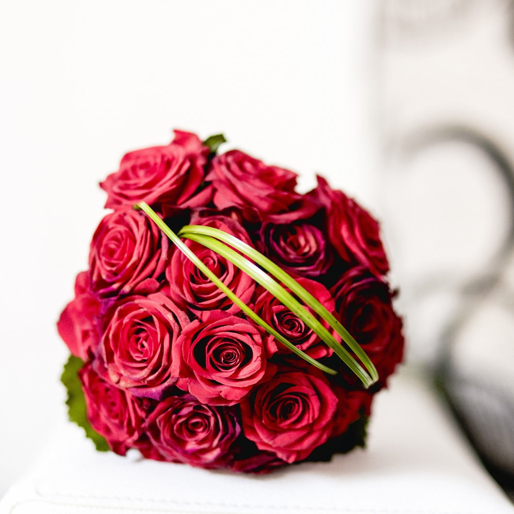 Flowers Simple Love - Bunch of Roses - mabrook.me