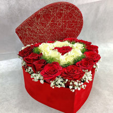 Load image into Gallery viewer, Flowers Luxury Valentine's Day Flowers - mabrook.me
