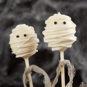 Mummified - Halloween Themed Cake Pops - mabrook.me