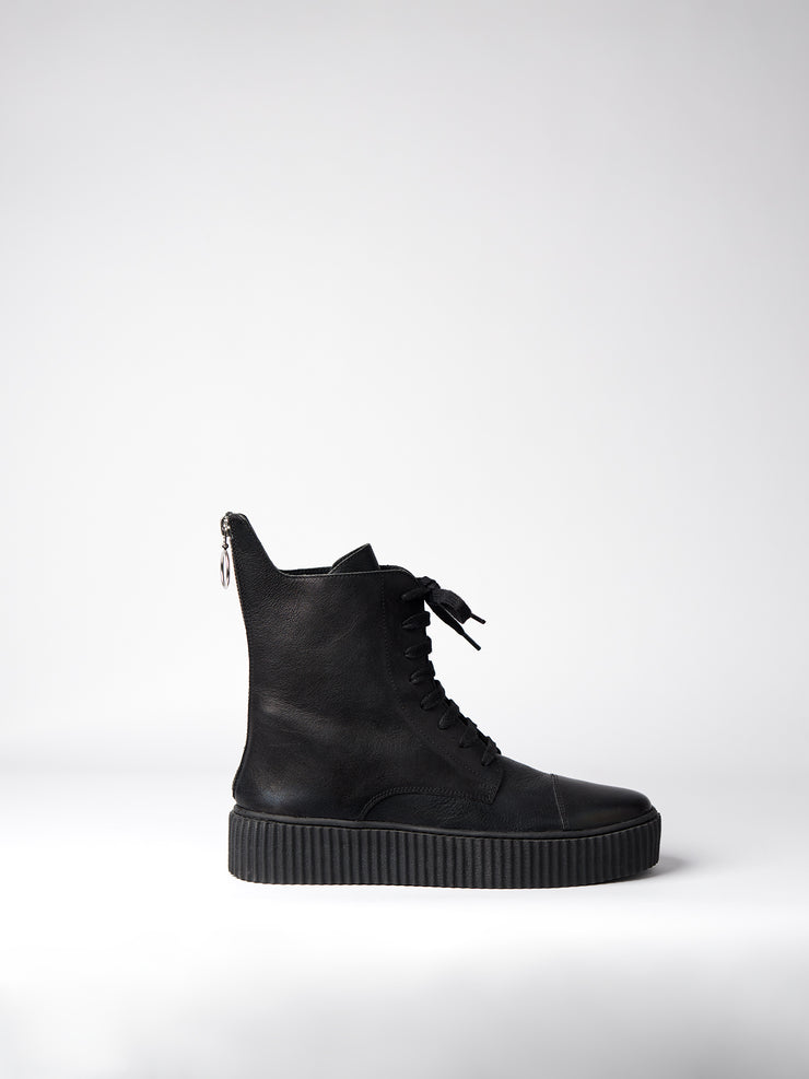 Blankens black boot The Camden zipper. Chrome-free leather, vegetably tanned. made in Portugal. Yourblankens.